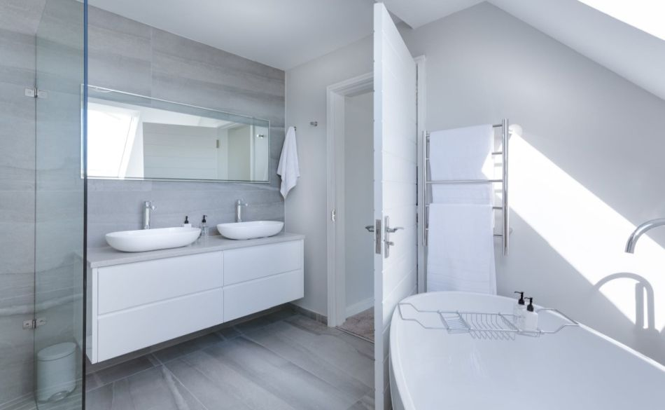 łazienka jest lepiej przystosowana do pralki