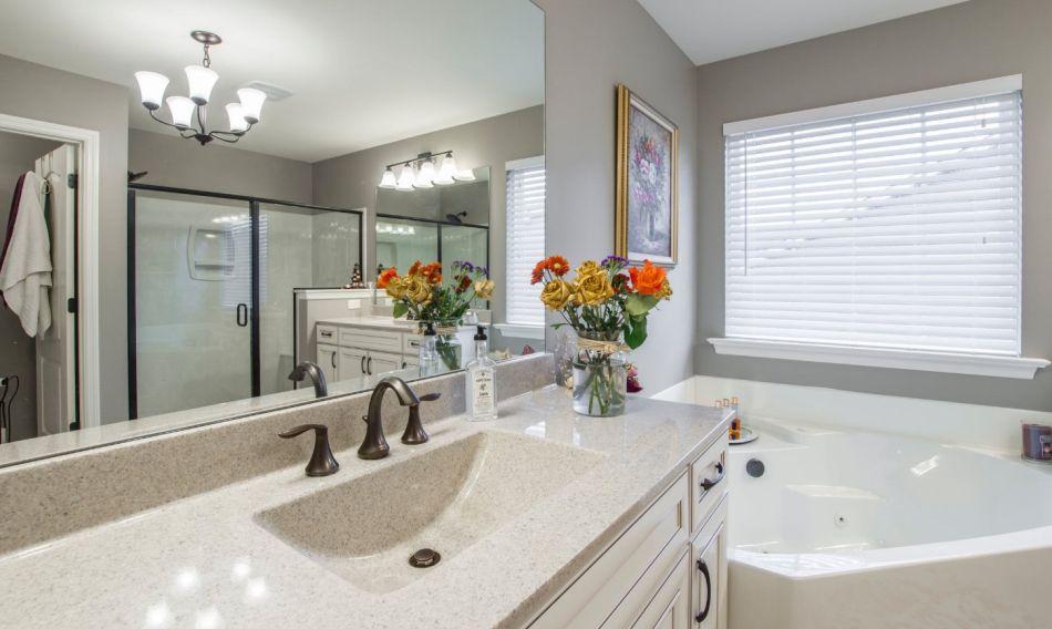 idealnie wyglądająca łazienka