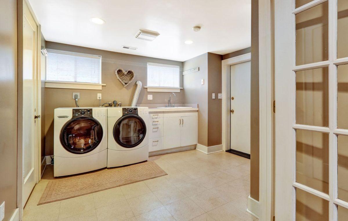 planujemy i urządzamy domową pralnię
