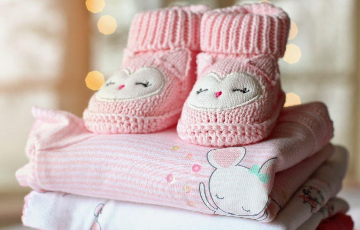 jak prać niemowlęce ubranka