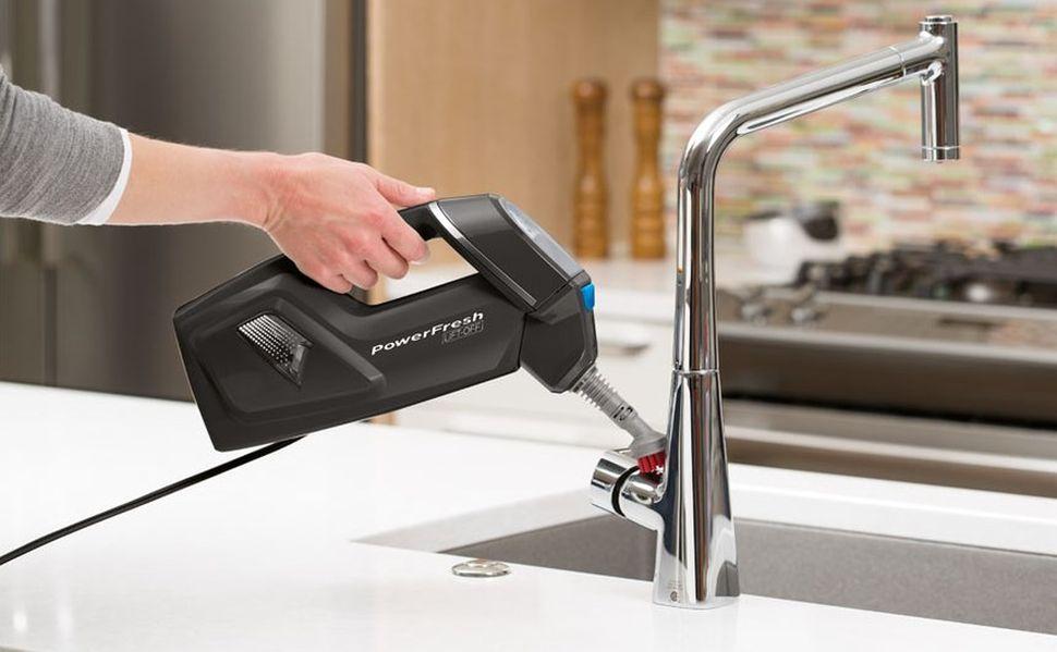 czyszczenie baterii kuchennej myjką parową