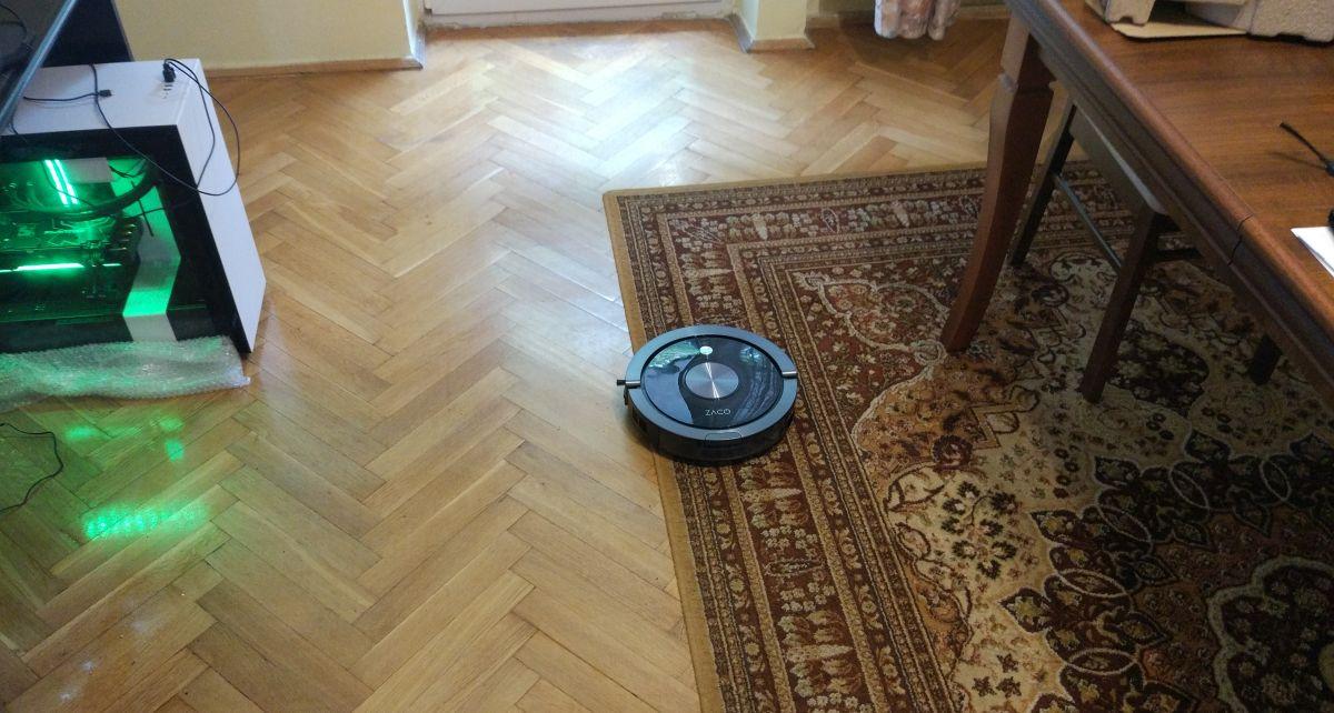 ZACO A9s dobrze wjeżdża na dywany i ma duże kółka