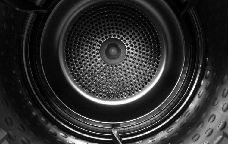 sprawdzamy, ile czasu trwa suszenie prania w suszarce