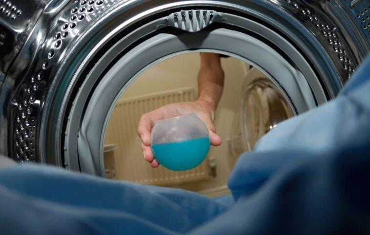 ile płynu do prania należy wlewać