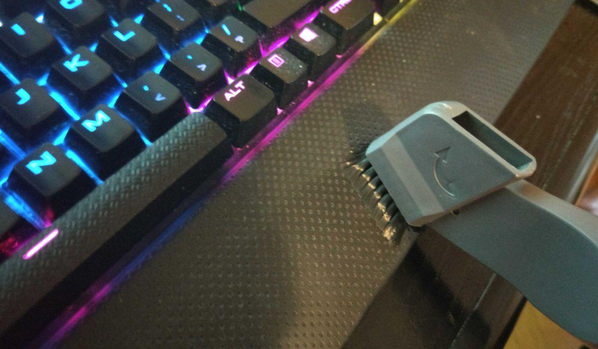 odkurzanie klawiatury Zilanem ZLN8471 było bardzo głośne