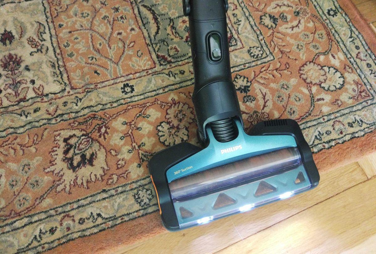 Philips XC8147/01 test odkurzania kociej sierści z dywanu 6