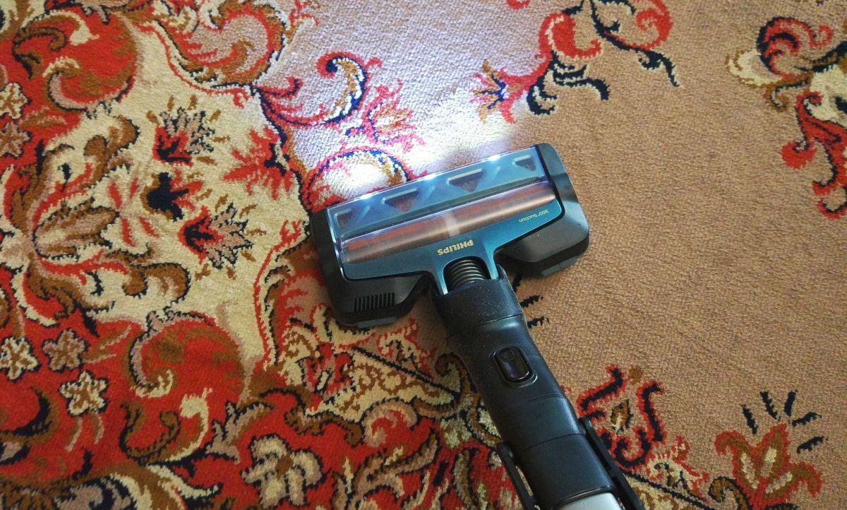 Philips XC8147/01 test odkurzania dywanu w drugim pokoju 3