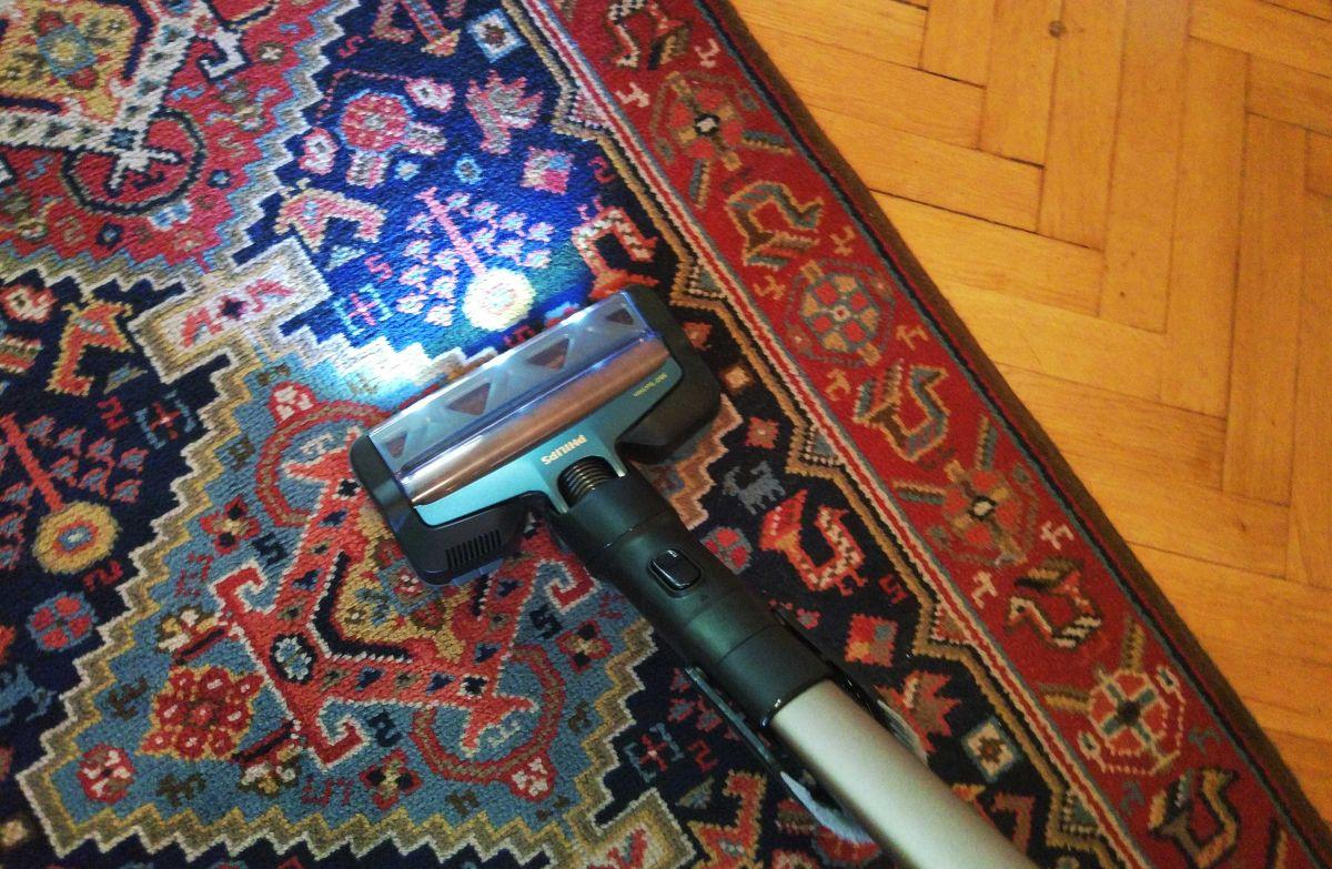 Philips XC8147/01 test odkurzania dywanu przedpokoju 6