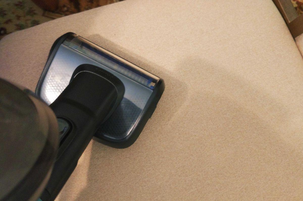 Philips XC8147/01 odkurzanie krzesła miniturboszczotką