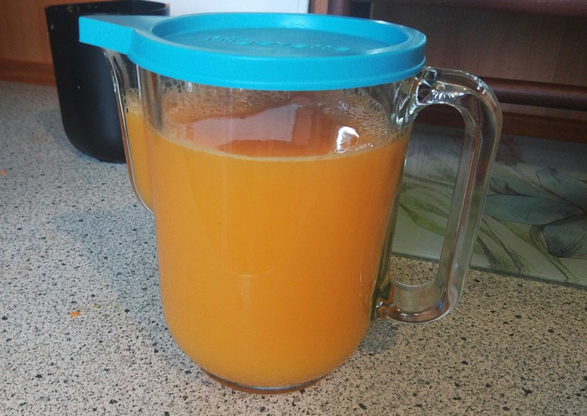 Philips HR1889/70 sok wyciśnięty z cytrusów, ananasa, marchwi 3