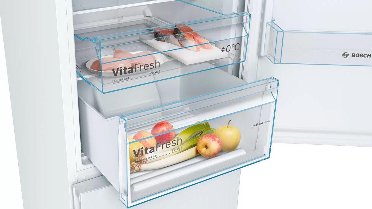 Bosch KGN39VWEP wnętrze, widok szuflad VitaFresh z kontrolą wilgotności