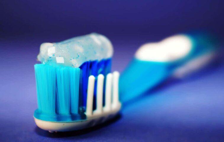 Jak często myć zęby? Ile razy dziennie?