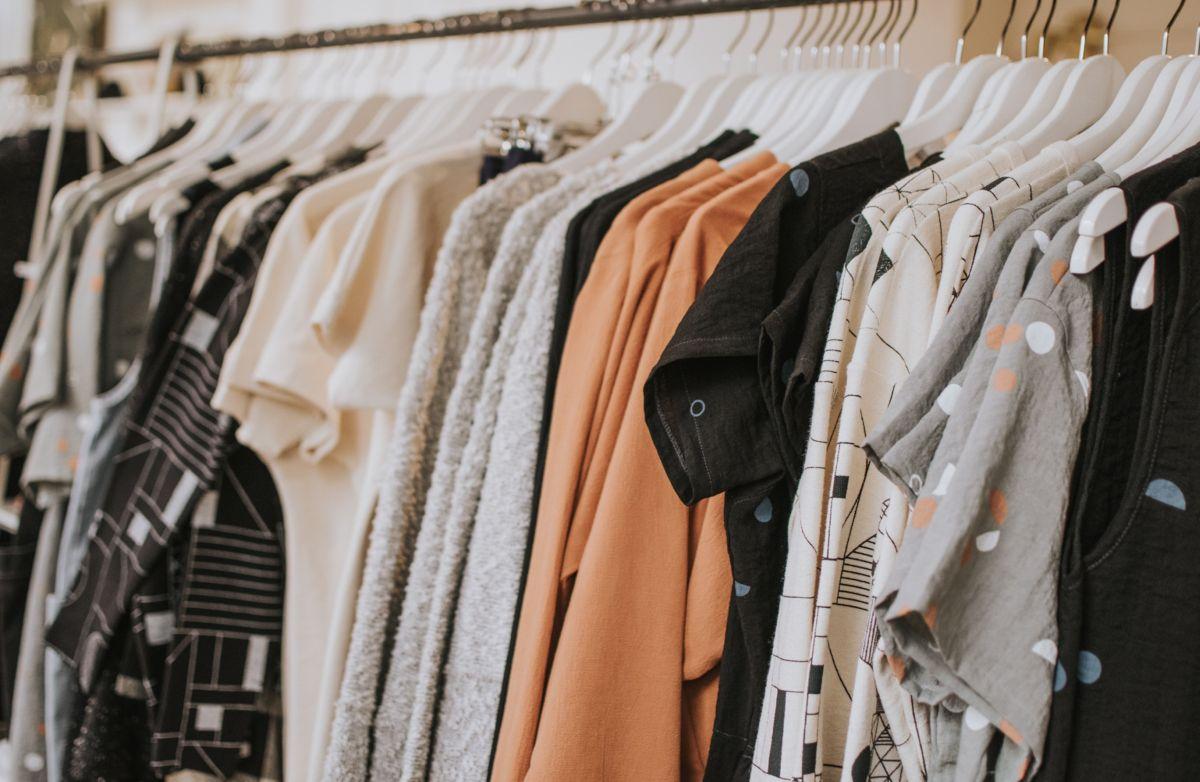 Czy pralko-suszarka niszczy ubrania? Kiedy może się tak stać?