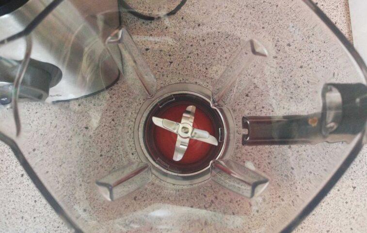 Jak szybko i łatwo wyczyścić i umyć blender kielichowy?