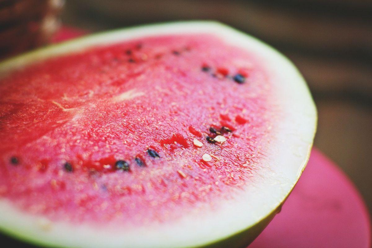 Pestki arbuza nadają się do wyciskarki, bo są miękkie