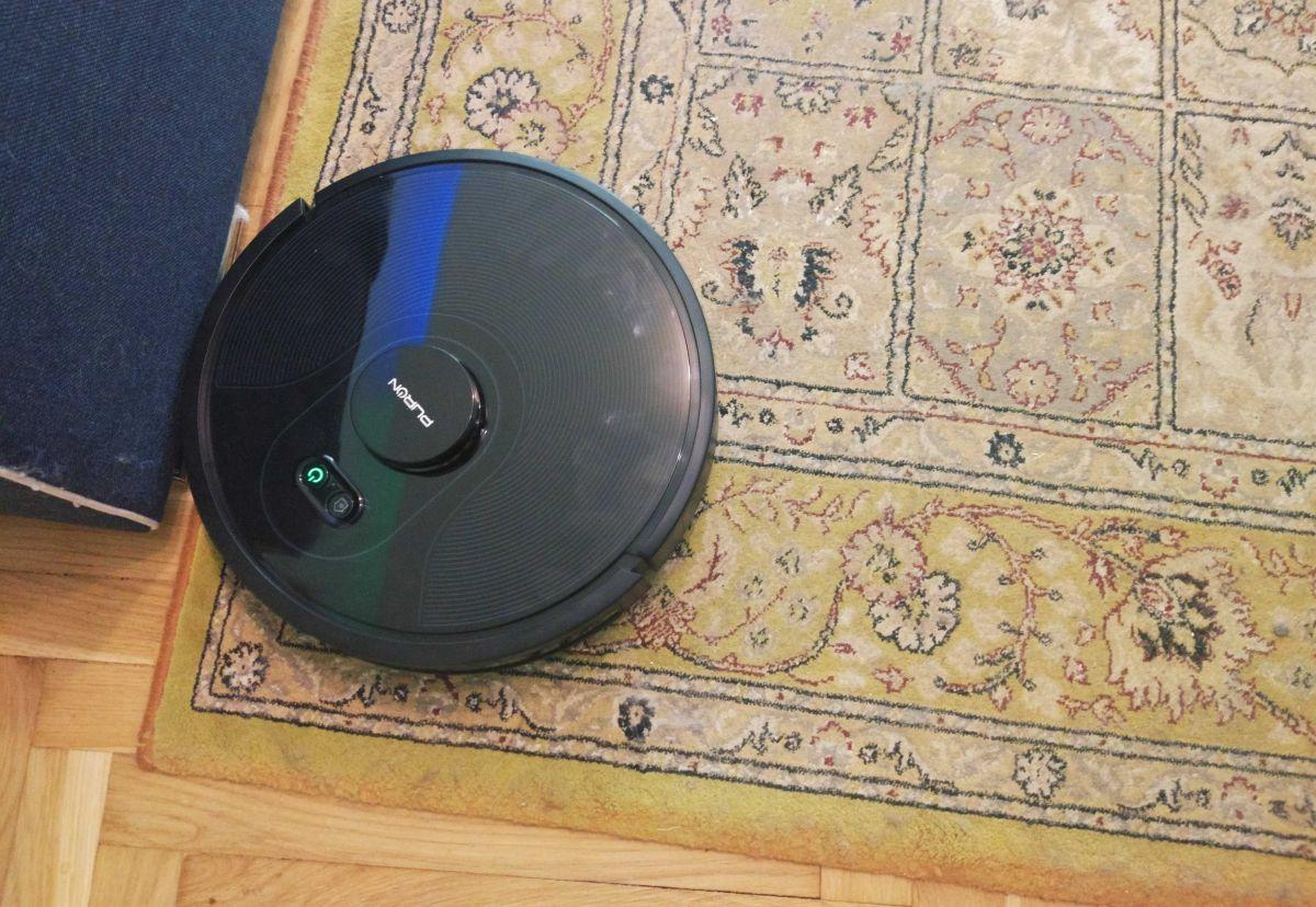 PURON PR10 odkurza dywan pokryty kocią sierścią