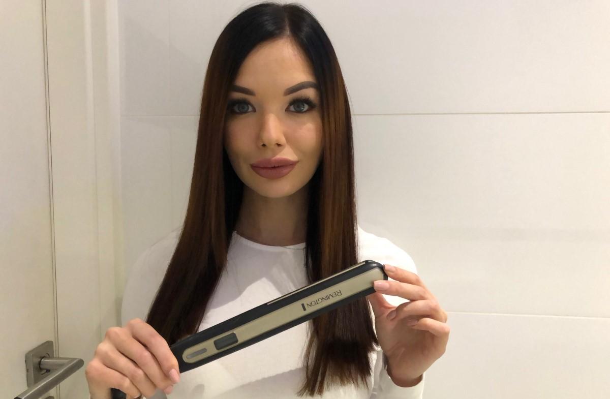 Proste włosy po użyciu prostownicy Remington S6500