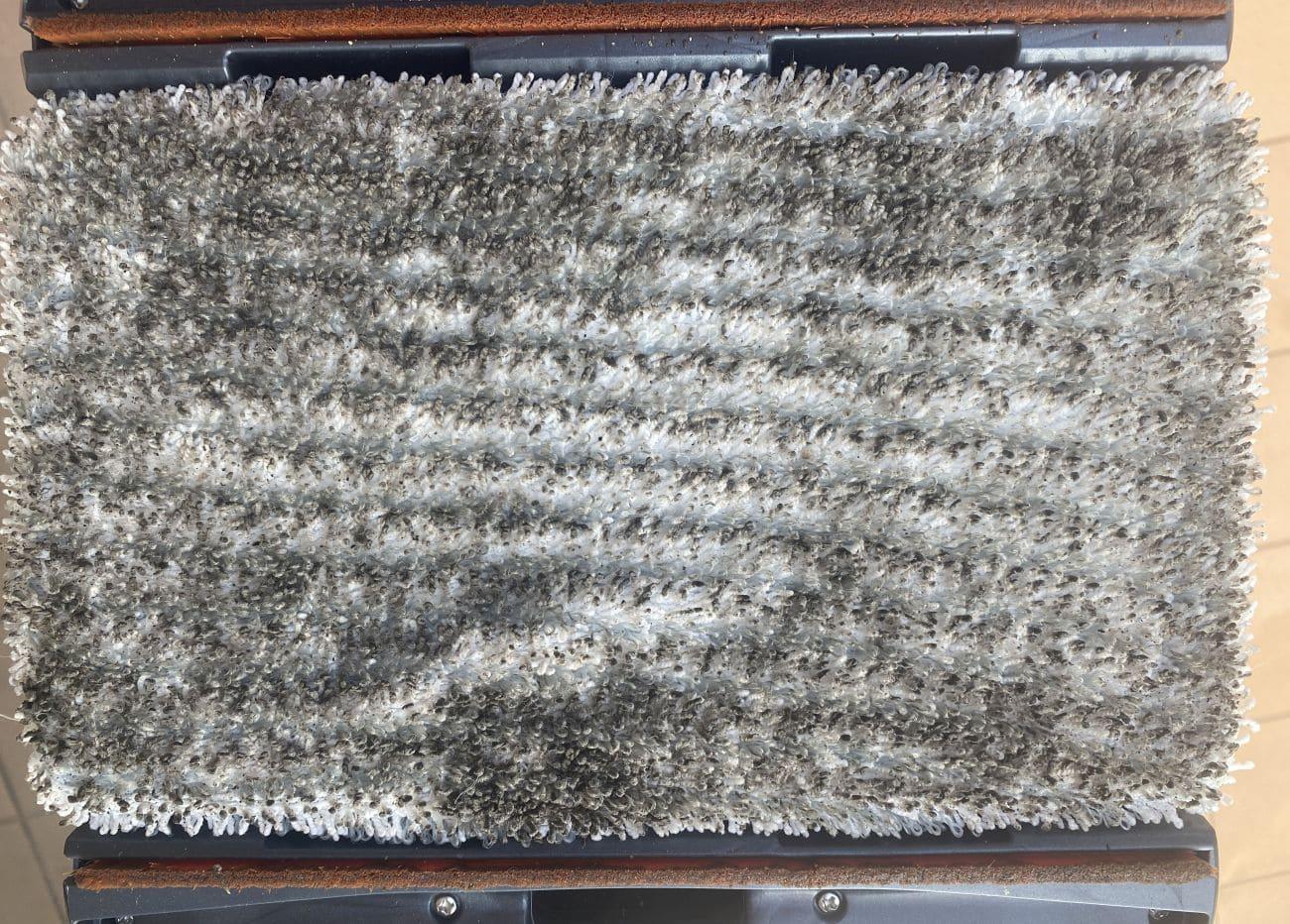 Tefal X-Force Flex 11.60 Aqua TY9890 brudny mop po teście mycia tarasu