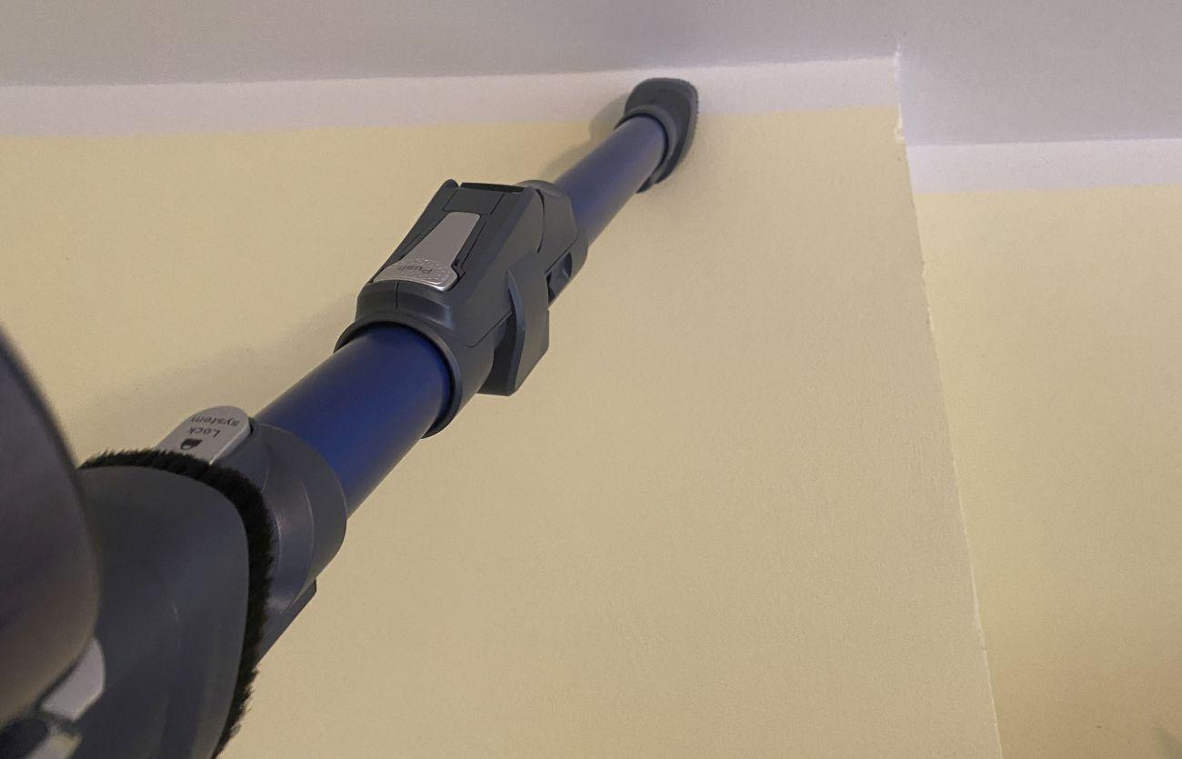 Tefal X-Force Flex 11.60 Aqua TY9890 odkurzanie pajęczyn spod sufitu szczotką Easy Brush