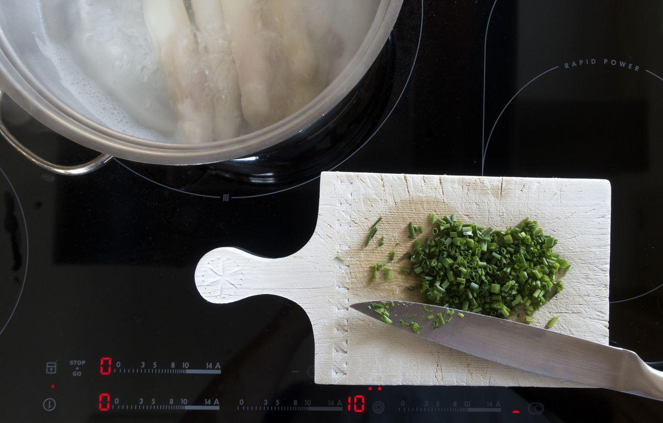 Wyczyszczona indukcja podczas gotowania