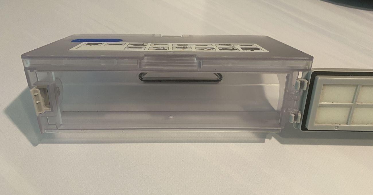Tefal X-plorer Serie 95 Animal RG7975 pojemnik na śmieci z bliska