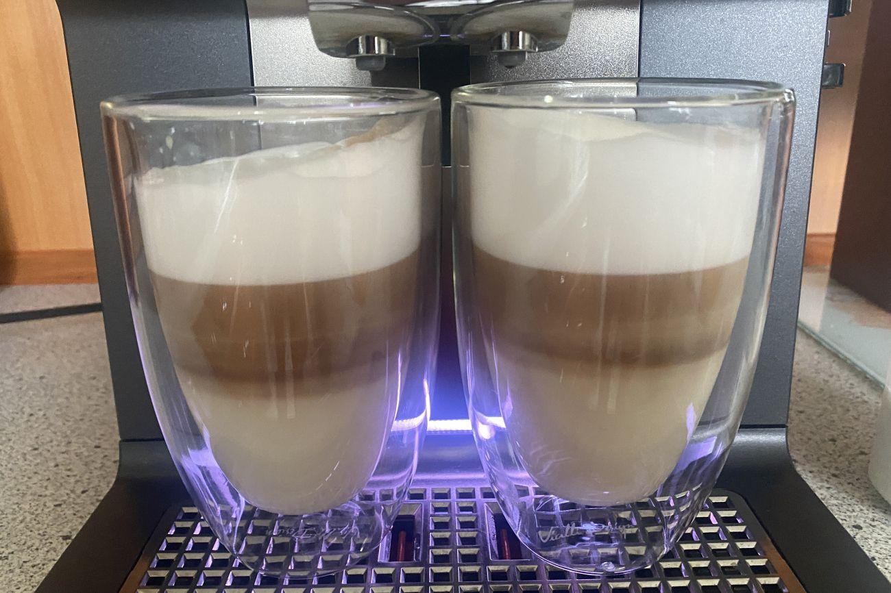 KRUPS Intuition Preference+ EA875U parzenie 2 kaw latte macchiato