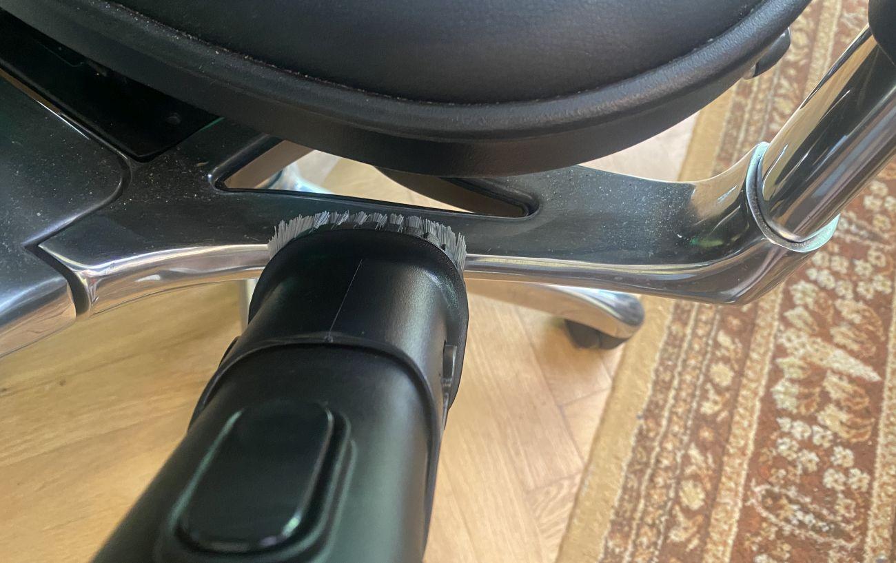 Philips XC8349/01 odkurzanie fotelu szczotką 2w1 2