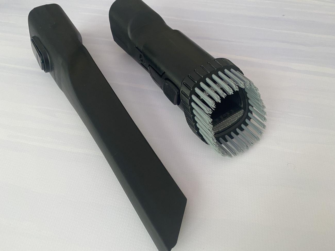 Philips XC8349/01 dodatkowe końcówki: szczelinówka i szczotka 2w1